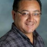 Guillermo E Cruz