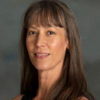 Suzanne E Spear